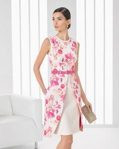 Vestido de pique estampado y pedreria corto. Color lavanda y turquesa.