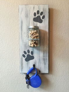 Large Dog Treat Holder Dog Leash Holder Dog Leash Hanger Mason Jar Pet Wall Decor Dog Decor Pet Lovers Dog Stuff Gift Ideas by RuffRuffCreations on Etsy Mason Jar Projects, Mason Jar Crafts, Mason Jar Diy, Diy Projects, Mason Jar Holder, Diy Pet, Dog Leash Holder, Dog Rooms, Painted Mason Jars