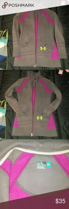 SALE/ EUC- Under Armour Jacket Ladies size X-small. This jacket is a bit longer than normal. I wore this a few times, i dont fit it, never really did. This was a gift that i couldn't take back. Its a very nice jacket too. Semi-fitted body. Dark Purple, grey, green/yellow logo. Great quality material, very warm & comfy. Great for chilly spring nights or nights at the beach too! Also great for morning runs & wearing with spandex to cover some of your booty ;) Priced to sell. A lot of life…