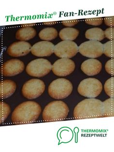 """Orange Cookies """"Azora"""" - Orange Cookies """"Azora"""" from A Thermomix ® recipe from the category baking sweet www. Easy Cake Recipes, Cupcake Recipes, Baby Food Recipes, Dessert Recipes, Desserts, Orange Dessert, Orange Cookies, Cake Factory, Macarons"""