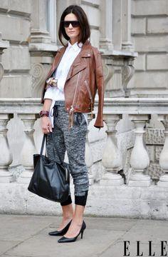 Casual chic look News Fashion, Fashion Mode, Look Fashion, Fashion Outfits, Fashion Trends, Street Fashion, Fashion Weeks, Fashion Clothes, Looks Style