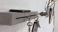 porte-clés en béton BbyNC Concrete Design, Bathroom Hooks, Woodworking, Cool Stuff, Group, Ideas, Puertas, Cement, Carpentry