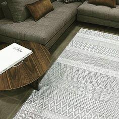 Contemporary, Rugs, Home Decor, Farmhouse Rugs, Interior Design, Home Interior Design, Floor Rugs, Rug, Home Decoration