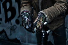 FST Handwear Collection Automne/Hiver 2012/2013  Modèle : Black Cop  / Photo : Simon Baret