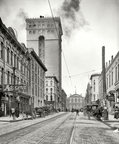 Memphis, Tennessee: View west on Madison Avenue, ending with the Customs House. 1906.