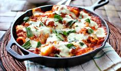 22 Cast Iron Skillet Recipes for Fall - I want every single. One of these.
