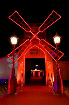 Moulin Rouge entrance