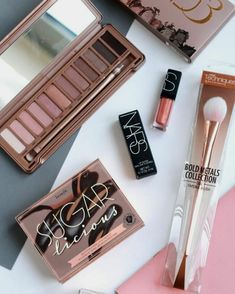Ideas For Makeup Brushes Collection Goals - Ideas For Makeup Brushes Co. - Ideas For Makeup Brushes Collection Goals – Ideas For Makeup Brushes Collection Goals - Blue Makeup, Fall Makeup, Gifts For Office Staff, Diy Makeup Palette, Makeup Collection Storage, New Makeup Ideas, Makeup Brush Storage, Makeup Wallpapers, Makeup Rooms
