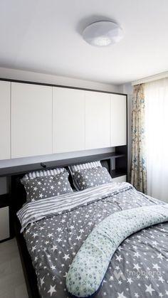 Mai, Comforters, Blanket, Furniture, Home Decor, Creature Comforts, Homemade Home Decor, Blankets, Home Furnishings