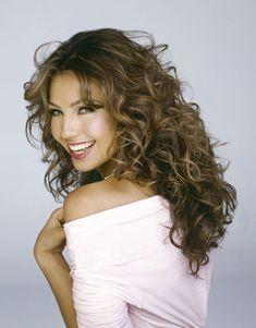 Thalia - Mexican actress, singer, artist....Love her hair!