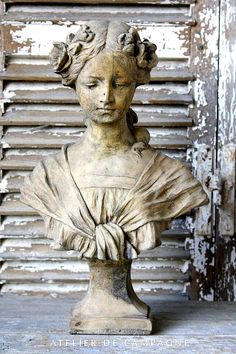 Shabby Chic Cottage statue bust…My Paisley World! French Country Bedrooms, French Country Cottage, French Country Style, Country Chic, French Decor, French Country Decorating, Photo Deco, Art Sculpture, Of Wallpaper