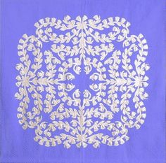 Applique Designs, Quilting Designs, Quilting Projects, Aplique Quilts, Two Color Quilts, Hawaiian Quilts, Quilt Labels, Paper Snowflakes, Lily Of The Valley