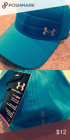 Men's Stretch Under Armour hat New with tags. Heat gear. Size M/L Under Armour Accessories Hats