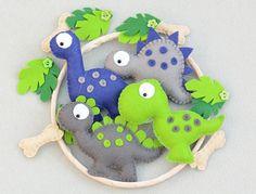 Dinosaurio bebé móvil / vivero fieltro dinosaurio móvil /