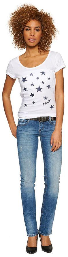 Jeans mit Stone-Wash für Frauen (unifarben) aus Denim mit kleinem Stretch-Anteil, mit Bleachings, Crinkles und Destroys, Backpockets mit farbigen Ziernähten. Material: 98 % Baumwolle 2 % Elasthan...