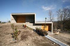8 Gravity-Defying Homes Sited on Steep Slopes - Architizer