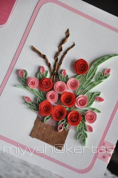 Miyyah To mums, all around the world. Miyyah @ Kertas: A las madres, en todo el mundo. Neli Quilling, Ideas Quilling, Quilling Flowers Tutorial, Quilled Roses, Paper Quilling Flowers, Paper Quilling Cards, Paper Quilling Patterns, Quilled Paper Art, Quilling Paper Craft