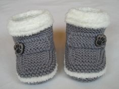 Baby Uggie Boots by mubba0mine | Knitting Ideas