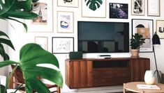 Everything You Need To Know About Creating A Stunning Gallery Wall | Posh Pennies Tv Decor, Decor Ideas, Wall Decor, Wall Art, Fall Home Decor, Cheap Home Decor, Tv Wall Panel, Diy Bed Frame, Bed Frames