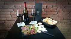 Planches charcuterie et fromages avec vin - Restaurant Underground coffee à Paris