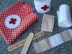 Kleefalter: Arzttäschchen für unterwegs