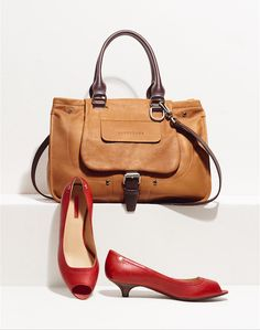 Longchamp Spring 2014 collection. Discover it on www.longchamp.com <<< Love this match up !! #Longchamp #Fashion #Bags