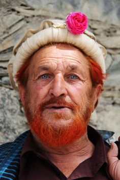 L' Âme du Monde Pakistan © M. Waseem http://yourshot.nationalgeographic.com/photos/6100271/ When the Pathan men have been to Mecca they die there beard red to signify they are Hajji (have done their Haj)