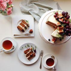IMG_0397simple carrot cake, slightly wet , not too sweet