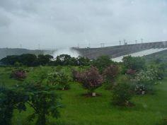 Usina Hidrelétrica de Itaipu....incrível!!!! Em Foz do Iguaçú no Paraná, Brasil!