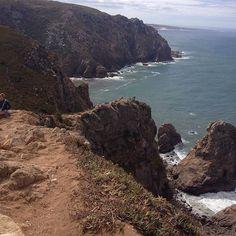 #atlanticocean #ocean #miradouro #sonosempreingiro #seenery #urbanlotusflower #portugal #portogallo #cabodaroca #lisboa #lisbon #lisbona #cascais #sintra #summer #loveit #lasciatemiqui #nontornopiù #iloveportugal