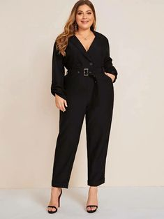 Shein Plus Solid Lapel Collar Buckle Belted Jumpsuit Curvy Outfits, Chic Outfits, Plus Size Outfits, Fashion Outfits, Emo Fashion, Plus Size Chic, Looks Plus Size, Curvy Street Style, Jumpsuit Elegante