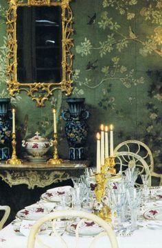 爱 Chinoiserie? Mai Qui! 爱  home decor in chinoiserie style  - gorgeous 18th century Chinese wallpaper…