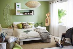 Interior Design Inspirations, Fall Color Schemes Inspired by Natural Hues Living Room Ideas 2019, Interior Design, Furniture, Living Room, Bedroom Green, Bed, Interior, Green Interior Design, Room