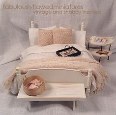 Beautiful Miniature Dollhouse Bedroom Retreat Scale in Natural and White Shabby Chic Style Baby Doll Furniture, Fairy Furniture, Barbie Furniture, Miniature Dollhouse Furniture, Miniature Houses, Miniature Dolls, Barbie Miniatures, Dollhouse Miniatures, Shabby Chic Cottage