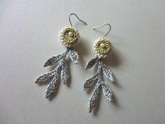 ogiso rev crochet earrings