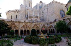 Fotos de: Tarragona - Catedral - Vista del Interior - Claustro y Catedral