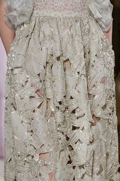 Valentino at Couture Spring 2018 (Details)