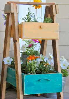 Incredibly Clever Ways to Repurpose Dresser Drawers - @Craftfoxes