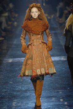 Jean Paul Gaultier  #VogueRussia #couture #fallwinter2005 #JeanPaulGaultier #VogueCollections