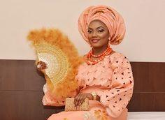 Habit traditionnel mariée africaine