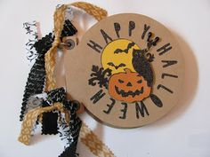 i love 2 stamp and scrapbook by Laurie in Louisiana: Artbooking Cricut Halloween Mini-Album