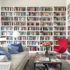 Stunning Home Library Ideas for Your Home. The love of reading is great, home library are awesome. However, the scattered books make the feeling less comfortable and the house a mess. Library Room, Dream Library, Cozy Library, Beautiful Library, Home Library Design, House Design, Library Ideas, Floor To Ceiling Bookshelves, Bookshelves Ikea