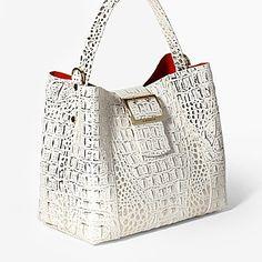Beautiful Handbags, Beautiful Bags, My Bags, Purses And Bags, Back Bag, Fashion Bags, Fashion Purses, Best Purses, Shopper