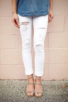 Seaside Distressed Skinny in Whitest White