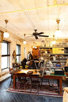 Philip Crangi - Jewelry designer in his New York City studio. I love the boho/industrial look of this #workspace. It doesn't feel cluttered to me, just welcoming and creative.