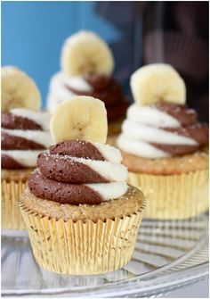Banana Chocolate Swirl Cupcakes