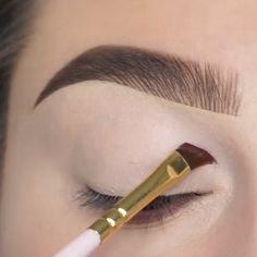 Techniques: Choose Your Makeup By Eye Color! Makeup Techniques: Choose Your Makeup By Eye Color!,Make up TutorialsMakeup Techniques: Choose Your Makeup By Eye Color! Makeup Techniques: Choose Your Makeup By Eye Color!,Make up Tutorials Makeup Eye Looks, Eye Makeup Steps, Beautiful Eye Makeup, Eyeshadow Looks, Eyebrow Makeup, Skin Makeup, Eyeshadow Makeup, Makeup Tips, Full Makeup