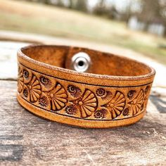 Custom Leather Belts, Leather Jewelry, Leather Bracelets, Metal Jewelry, Tan Leather, Geek Jewelry, Gothic Jewelry, Jewelry Necklaces, Leather Stamps