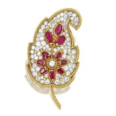 bbbf4b88e 18 KARAT GOLD, PLATINUM, DIAMOND AND RUBY LEAF BROOCH, VAN CLEEF &