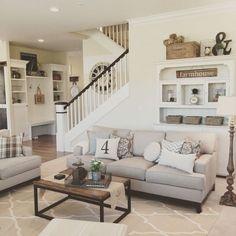 Adorable 30 Comfy Modern Farmhouse Living Room Decor Ideas https://homeylife.com/30-comfy-modern-farmhouse-living-room-decor-ideas/